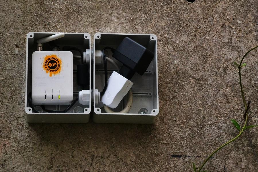 Le scatole unite e sigillate